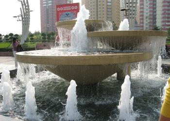 安徽合肥喷泉_喷泉公司_水景喷泉_景观细雾_合肥隆润图片